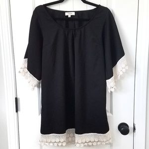 Umgee lace trimmed tunic dress
